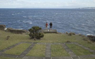 Scrivere musica per il mare, il vento e le profondità